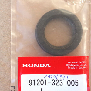 OIL SEAL 30x45x8 crankshaft CB350 CB 400F CB500F CB550F-K CB650 new